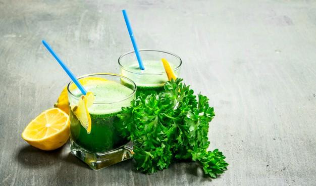 healthy detox parsley juice