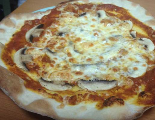 A great crust recipe for one of the best italian pizza