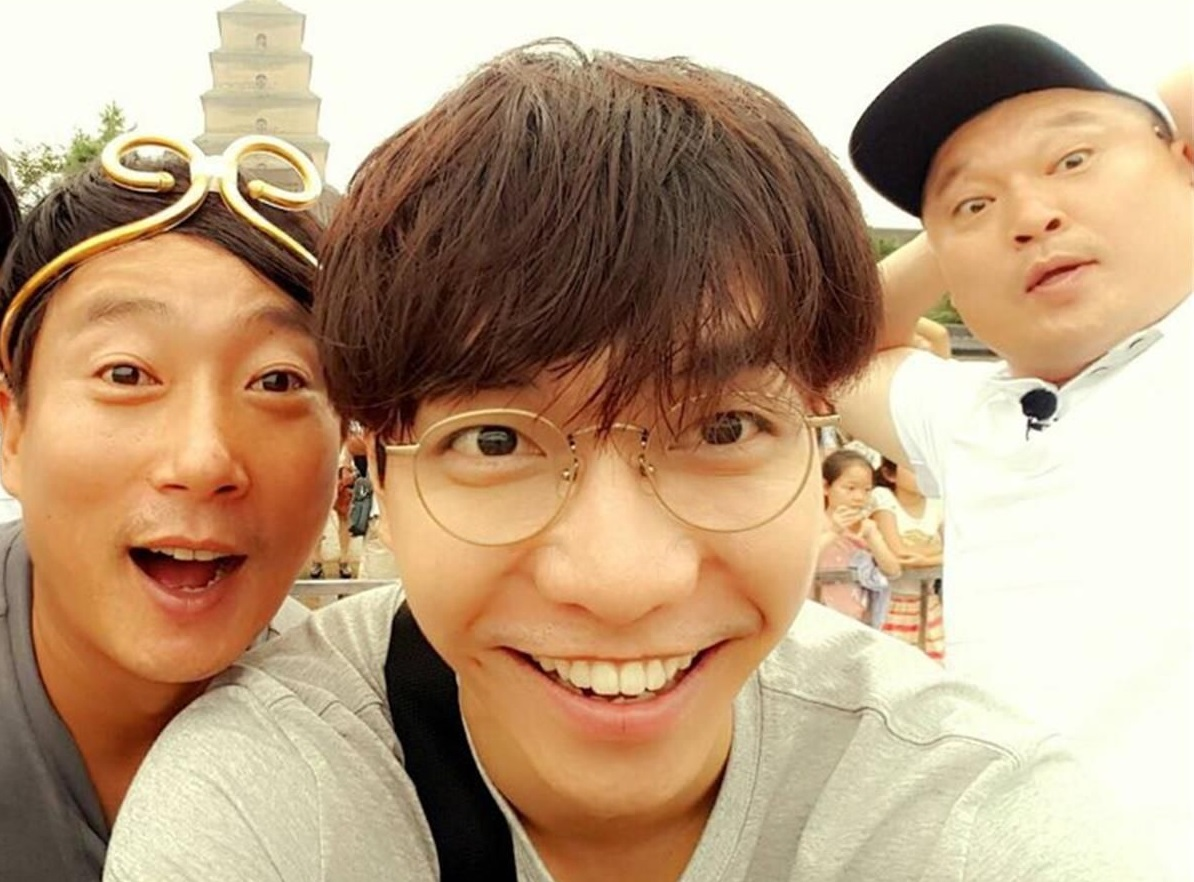 Lee Seung Gi Bakal Reunian Bareng Kang Ho Dong dan Lee Soo Geun di 'Knowing Brother'