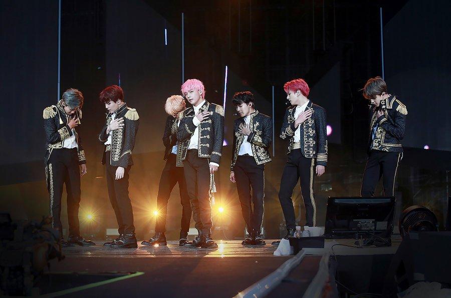 """فيلم حفل """"Love Yourself In Seoul"""" لفرقة BTS يحتل المركز الأول في ترتيب Box Office!"""