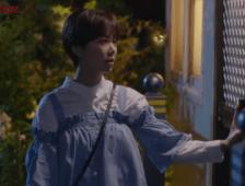 Sim Bo Nui (Hwang Jang Eum) - denim dirndle