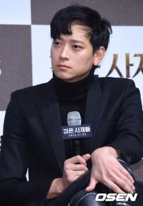 Kang Dong Won, koreanmovie, kdrama, koreanactor, korea, koreanhairstylesformen, menhair, commahairtrend