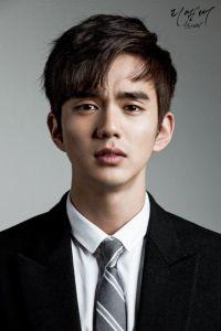 Yoo Seung Ho, koreanactor, kdrama, remember, koreanmenhair, koreanhairstyles, commahairtrend