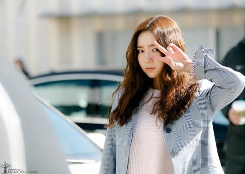 korea korean drama kdrama movie actress shin se kyung hippie perm long curly hair boho hairstyles for girls kpopstuff
