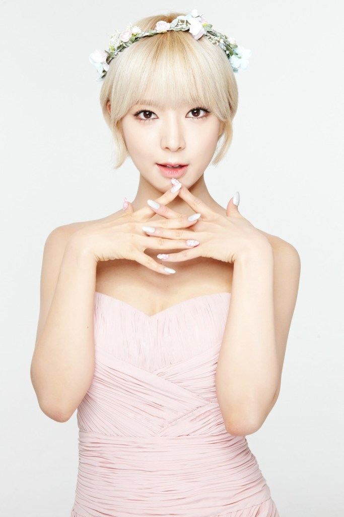korea korean kpop idol girl band group AOA Choa's new lob hair hairstyle signature hair short bob hairstyles for girls kpopstuff