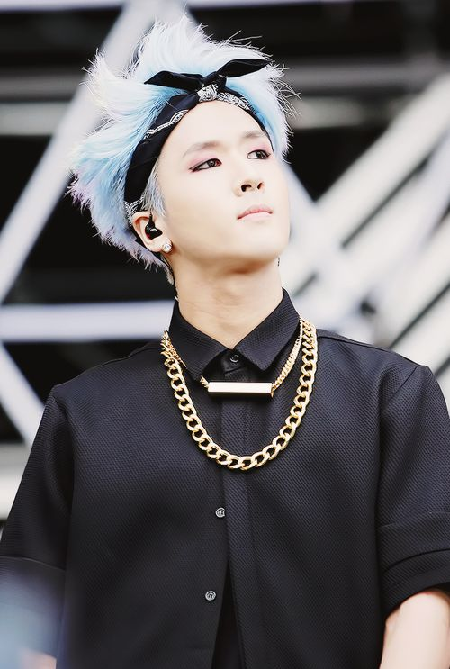 korea korean kpop idols rapper boy band group VIXX ravi blue hair bandana hairstyles fashion for guys kpopstuff