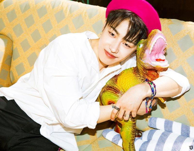 korea korean kpop idol boy band group block b yesterday retro kitsch fashion ukwon beret style outfits for guys kpopstuff