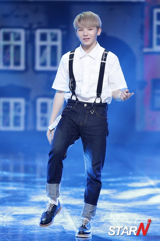 korea korean kpop idol boy band group seventeen's suspenders fashion woozi suspender look denim outfit styles for guys kpopstuff