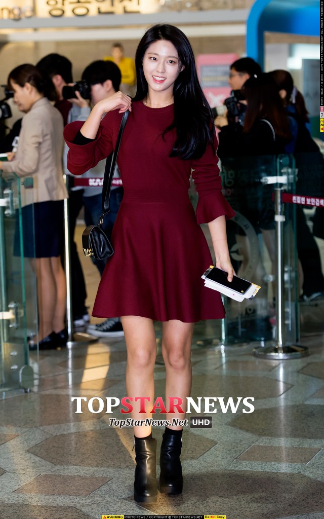 korea korean kpop idol girl band group aoa seolhyun's dress fashion maroon red dresses airport style outfits for girls kpopstuff