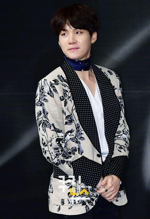 korea korean kpop idol boy band group BTS blood, sweat, tears printed suits  suga