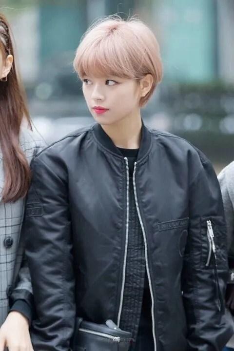 korea korean kpop idol girl band group twice jungyeon's short pixie cut haircut shorcut bob hairstyles for girls kpopstuff