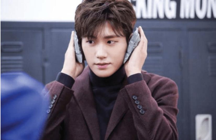 korea korean kpop idol boy band group zea park hyung sik's do bong soon hairstyle light perm loose natural hair guys men hairstyles kpopstuff