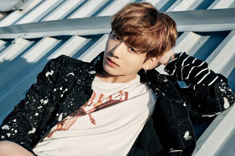 korea korean kpop idol boy band group BTS profile bangtan boys bbma billboard awards jungkook you never walk alone kpopstuff