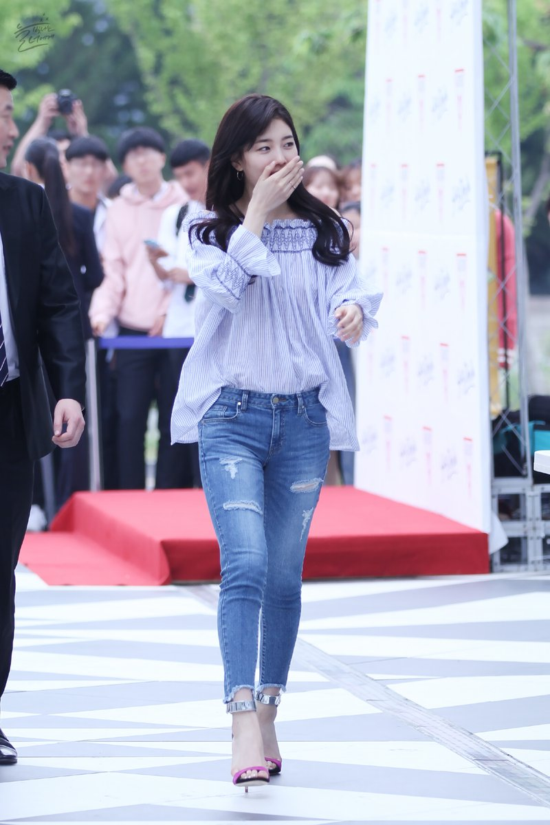 korea korean kpop idol girl group band miss a suzy's spring outfit for guess event blue off the shoulder top denim heels fashion style girls women kpopstuff