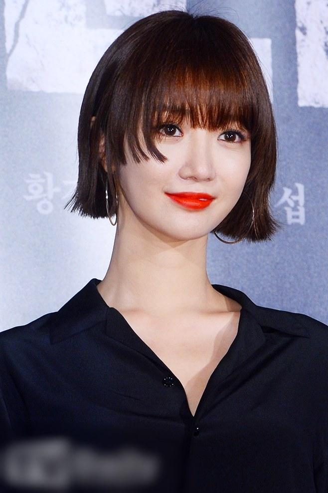 idol girl group band actress go jun hee short bob hime cut hairstyle