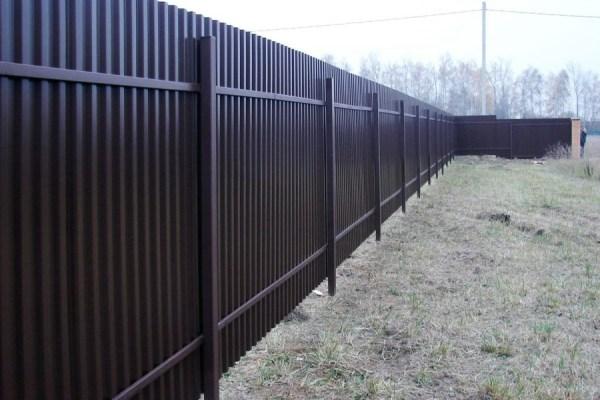 Забор для дачи из профнастила в Красноармейске недорого ...