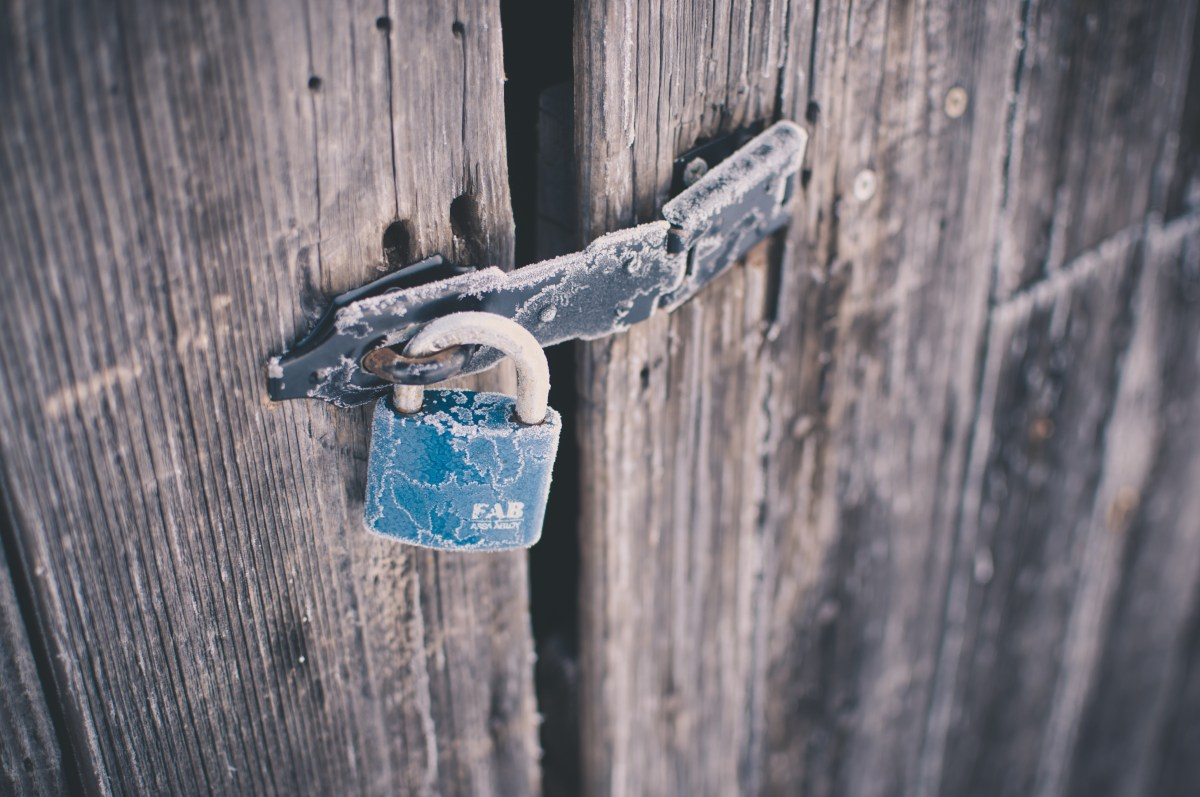 An old lock.