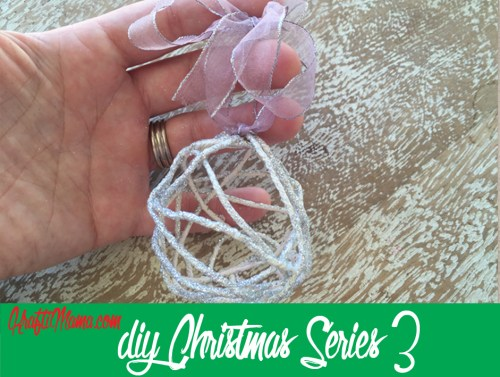 DIY Christmas #3: Glitter Rope Bulbs