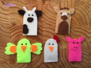 KraftiMama Crafts, DIY Barnyard Finger Puppets