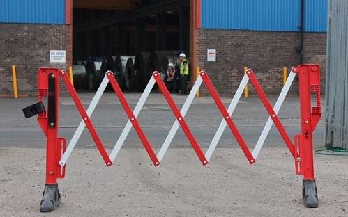 Drošības norobežojošā barjera sarkana 3