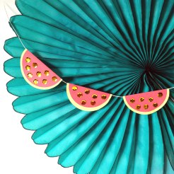DIY Watermelon Garland quick craft by kraft&mint tutorial