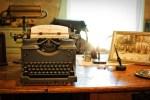 13 писатели кои правеле чудни ритуали пред или за време на творење