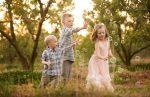 Како три зрна грашок во мешун тоа се моите три деца - Дијана Станчевска