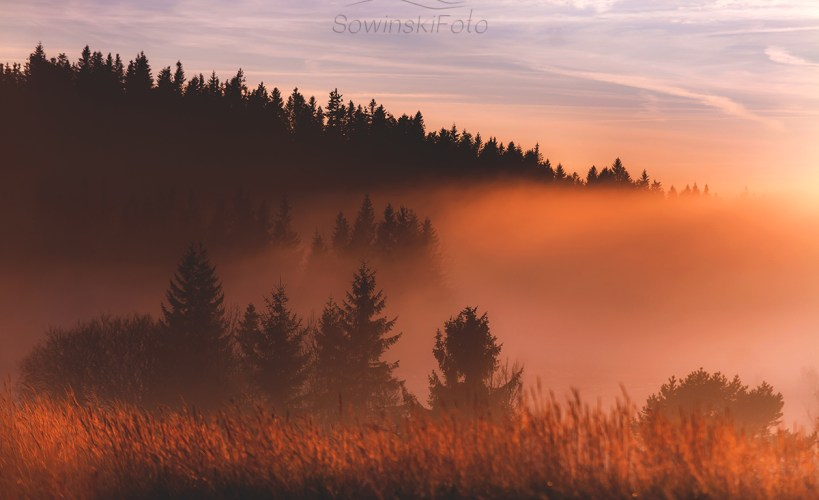 Otulone mgłą