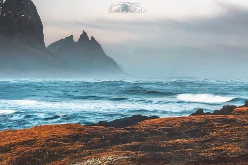 Góry i morze krajobraz zdjęcie