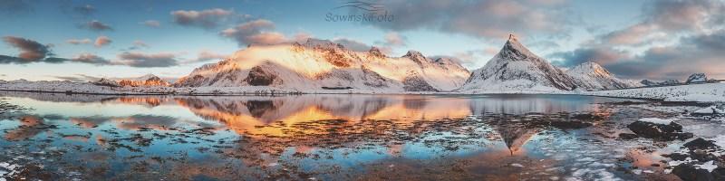 Góry i morze Podwójne /Norwegia