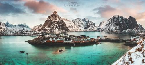 Lofoty panorama Wyspa z domkami /Norwegia