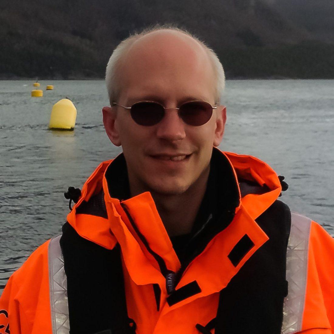 Dr. Jan Albiez