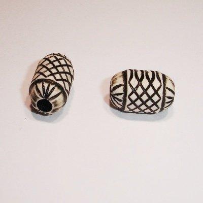 etnnic bead zwart ovaal 14x10 mm