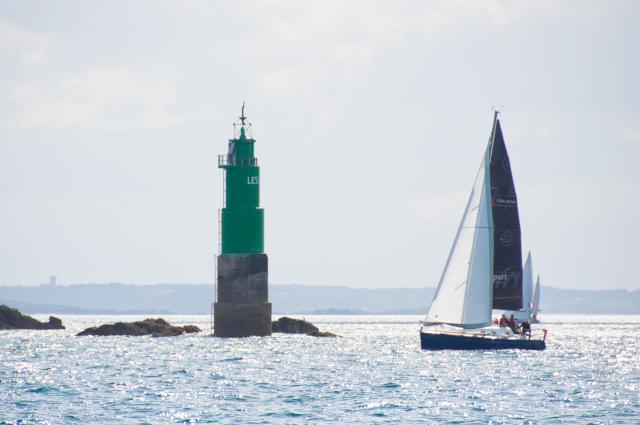 Výjezd z mariny v Saint Malo