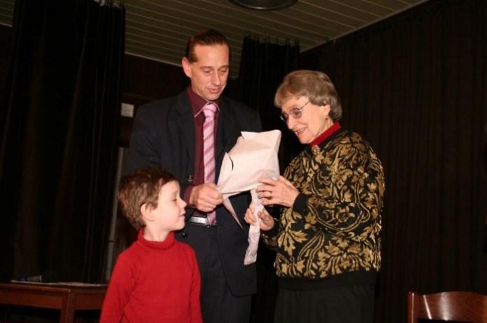 Nina Ingrišová spoelčně se svým synem a vnukem