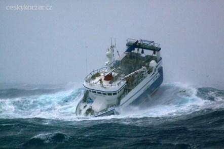07_antarktida-fishing
