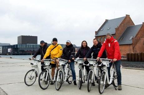 Elektrobikeři Kodaní křížem krážem