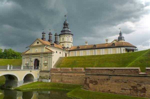 Замки Белоруссии фото с описанием   Cамые красивые места мира