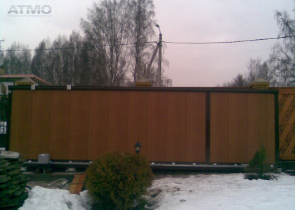 Фото установленных ворот Дорхан в Краснодаре.