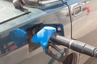 Бензин тормознули акцизами
