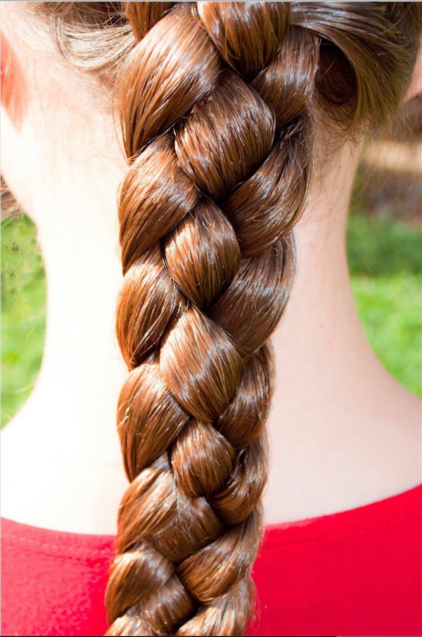 итоге картинки косичек из волос были объединены