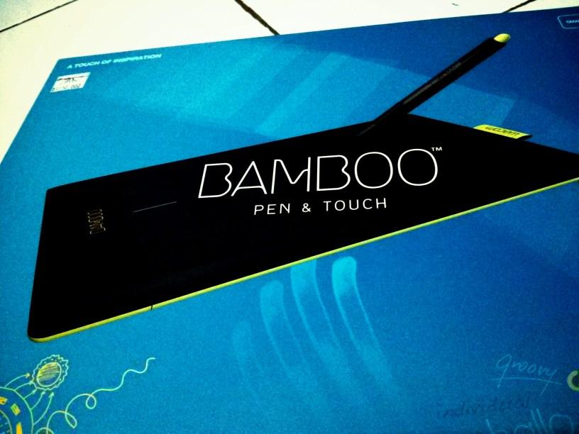 Kemasan awal bamboo: Desainnya penuh warna dan menggambarkan kreativitas.