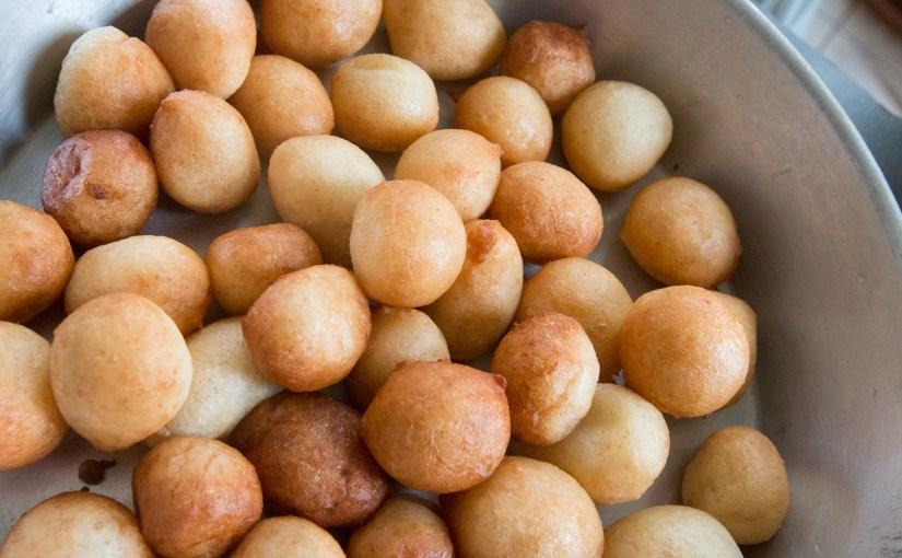 FUGIYAS – East INDIAN BALOON bread