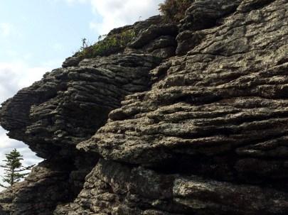 Hough cliffs at the false summit