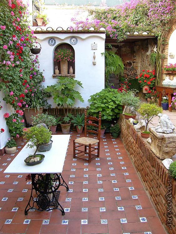 Mexican Tile Floor And Decor Ideas For Your Spanish Style ... on Mexican Patio Ideas  id=45583
