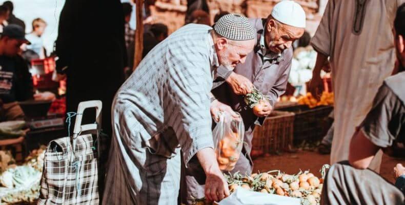 Ekonomi syariah Islam, bertransaksi di pasar