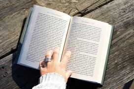 Що потрібно знати про книги для саморозвитку
