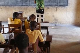 Африканський вчитель, який безумовно заслуговує вчителя року.