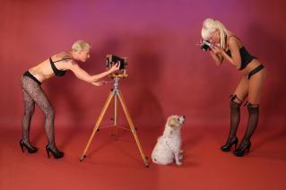 Die Fotografin und ihre Pin up-Models