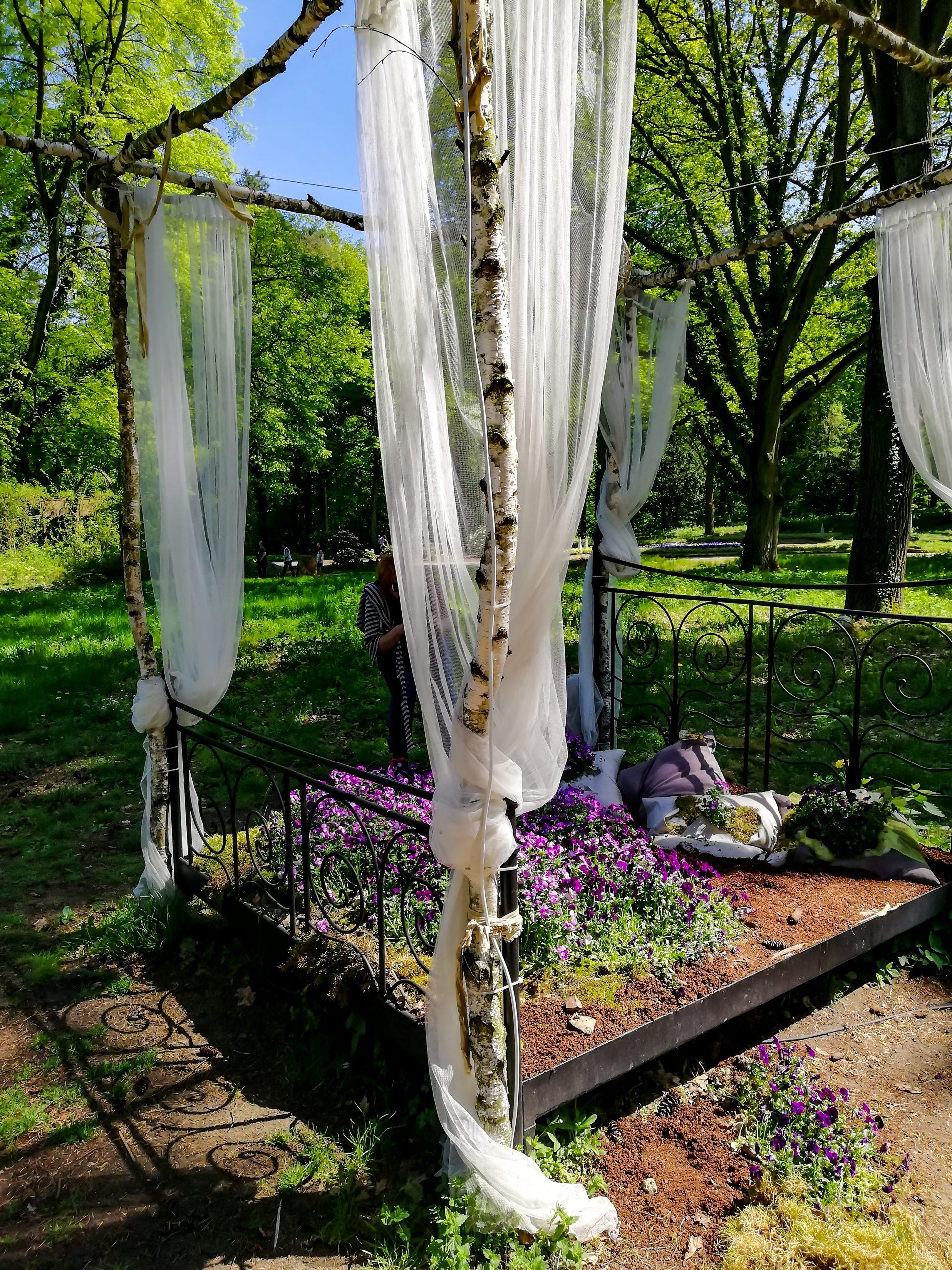 Dekorativ bepflanztes Bett, Beelitz-Heilstetten